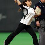 【画像】カー娘・本橋麻里が始球式した時のおっぱいww
