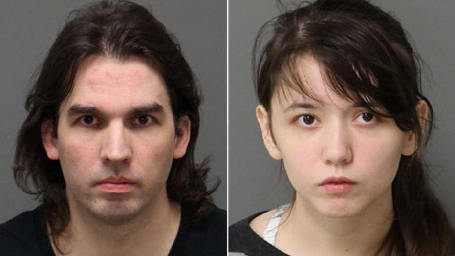 【画像】父娘相姦で逮捕された親子のご尊顔ww