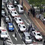 福岡「ミラーコツンコツン・・・」警察「!!!」→ヘリまで出動して逮捕