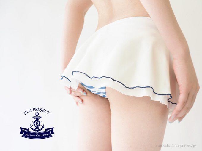 【画像】こういうスケベな水着履いてくる女www