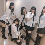 【画像】AKB48 現役女子高生にとんでもない格好をさせてしまうwww