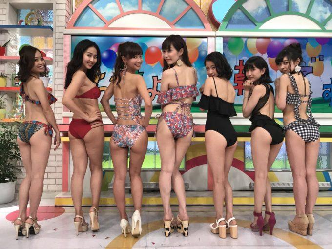 【画像】水着美女7人「どのお尻に挿れたいの?w」