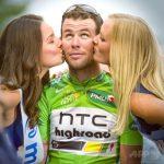 ツール・ド・フランス、「美女からの祝福のキス」性差別だと廃止。これからは優勝経験者がキスをする