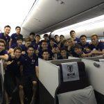 【画像】サッカー日本代表の集合写真、本田も笑顔