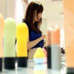 【画像】大阪の百貨店さん、女性向けアダルトグッズを店頭販売してしまう