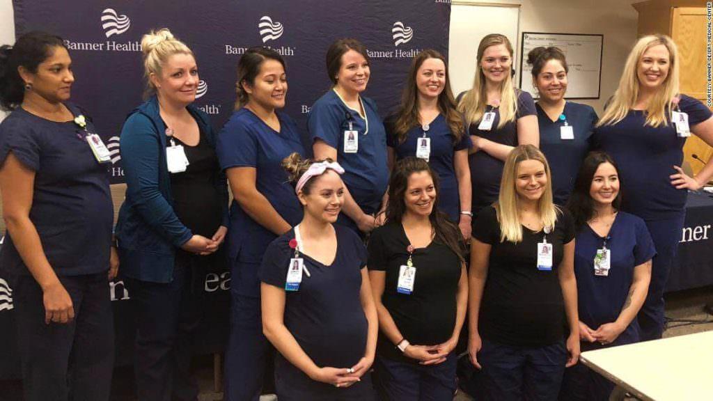 【奇跡】アリゾナ州の同じ病院で、女性看護師16人が「同時に」妊娠してしまう・・・