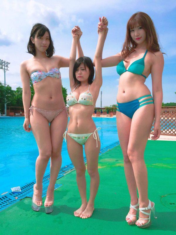 【画像】合法ロリ巨乳RaMuさん、小学生並に小さすぎる