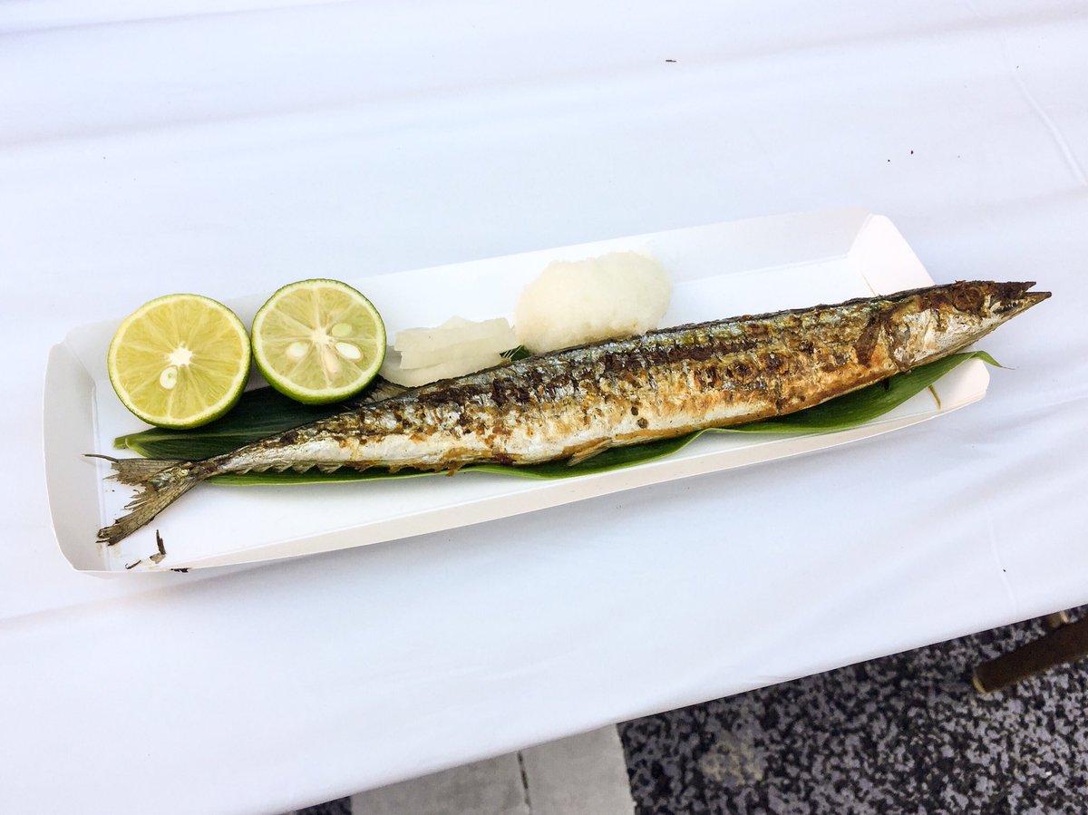 【悲報】東京都民、たかだかサンマ一尾をタダで食うために4時間行列に並んでしまう