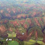 【画像】北海道の崩れた山がヤバ過ぎる