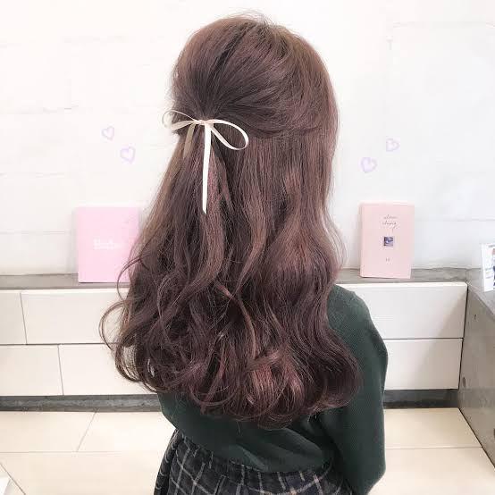 【画像】ハーフアップとかいう童貞の大好物髪型wwwww