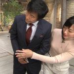 【画像】報ステ竹内由恵アナ、おっぱいを当てに来る