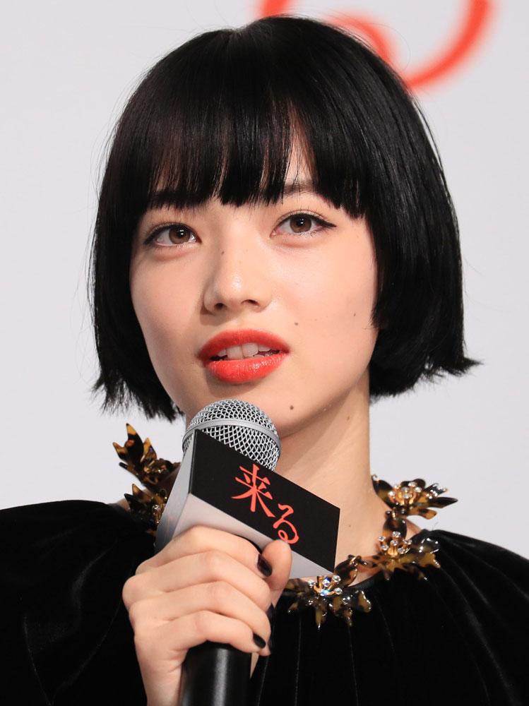 【画像】世界で最も美しい顔ランキング日本人最上位だった小松菜奈さんの顔w