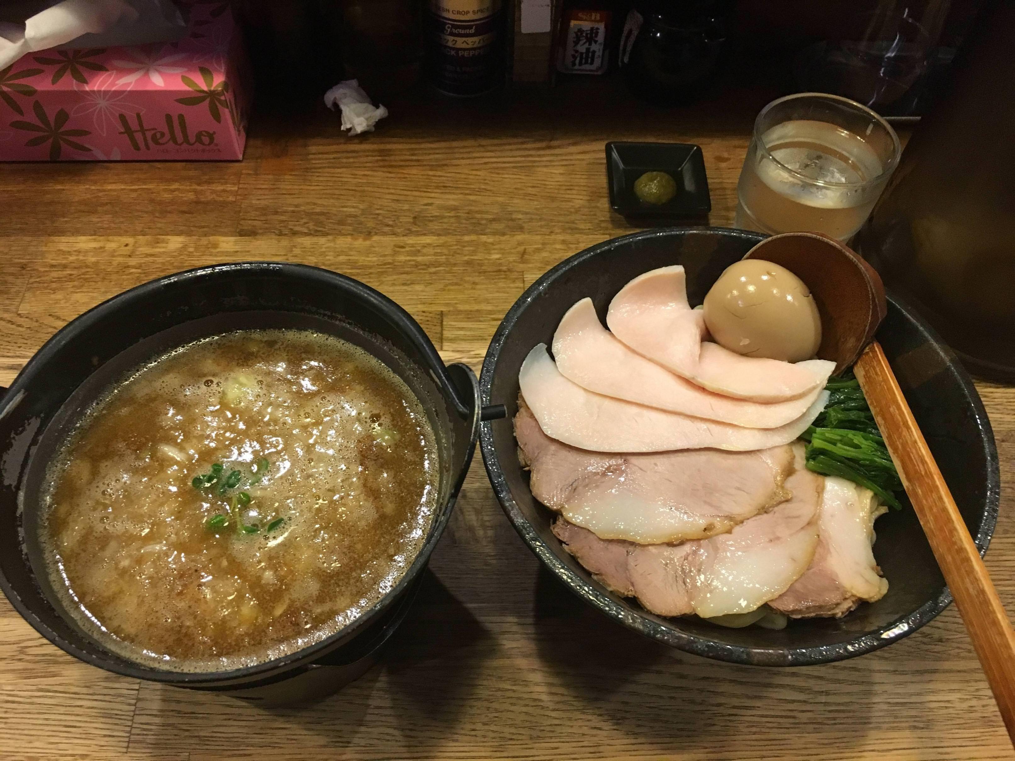 【画像】このレベルのつけ麺(900円)に告白されたらどうする????