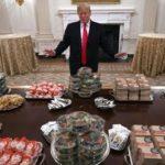 【画像】トランプ大統領「ハンバーガー1000個用意したで」