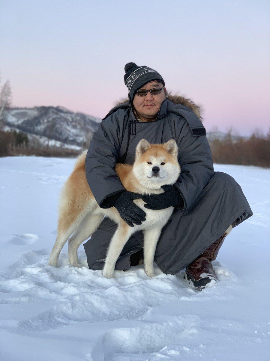 【画像】朝青龍さん、イッヌが似合いすぎる