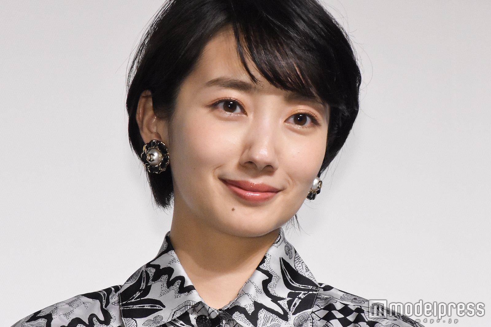 【画像】女優・波瑠がイメチェン どっちが好み???