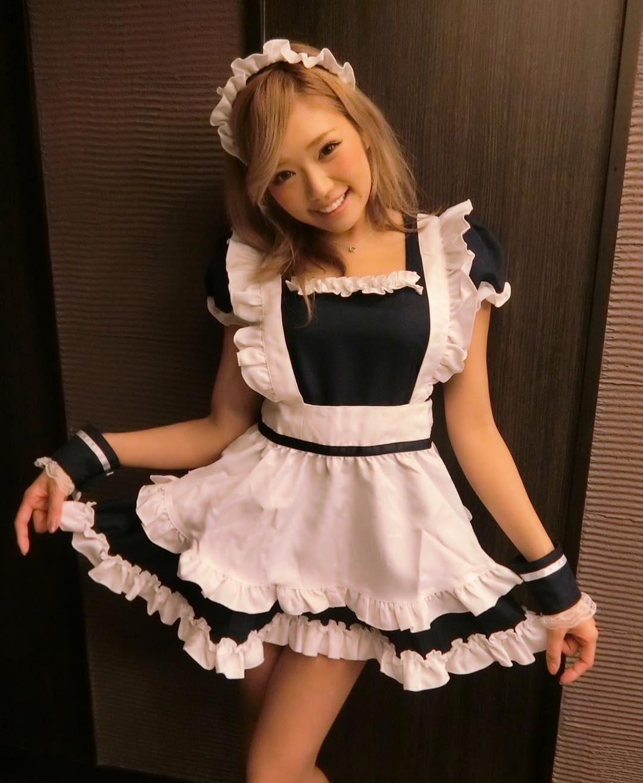 【画像】ギャルがメイド衣装を着た結果wwwww