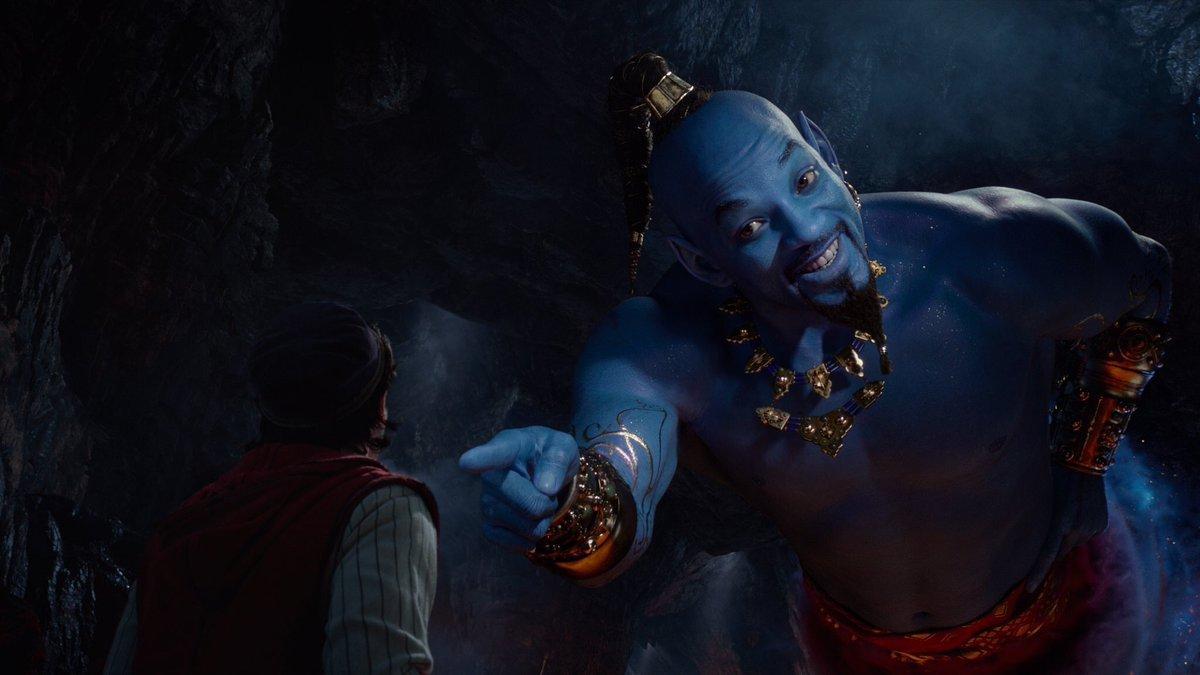 【画像】実写版アラジン、ジーニーがただの青いウィルスミスで炎上してしまう