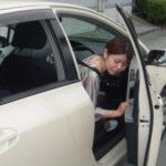 【悲報】福井の町長、バック駐車中に自分の運転する車と壁に挟まれて死亡