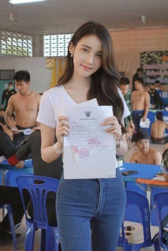 【画像】タイのエチエチニューハーフが徴兵された結果ww