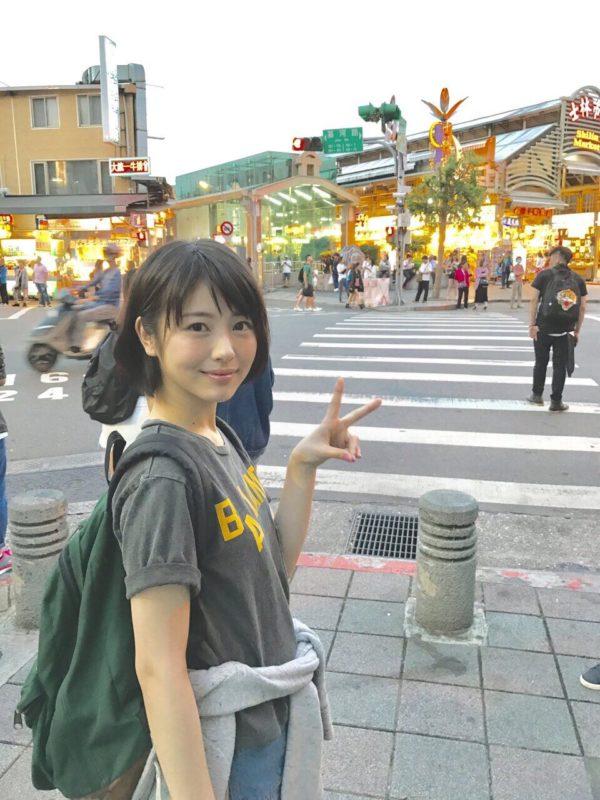 【画像】浜辺美波さんのおっぱいwwwww
