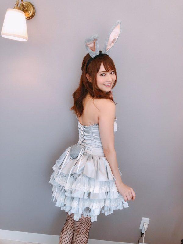 【画像】吉沢明歩さん(自称35歳)の画像www