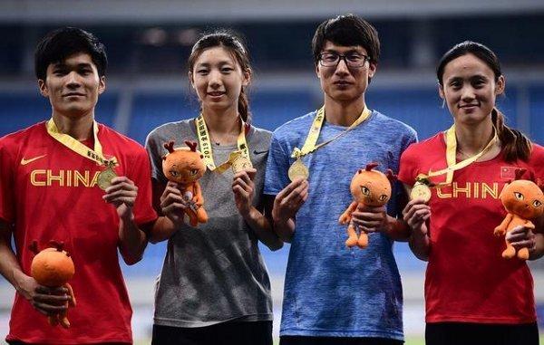 【画像】中国の女子陸上選手、どう見ても男だと話題に