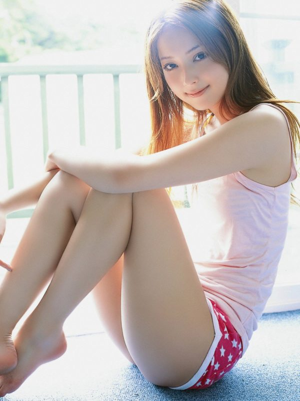 【画像】全盛期佐々木希とかいう細身でレベル高すぎ美人www