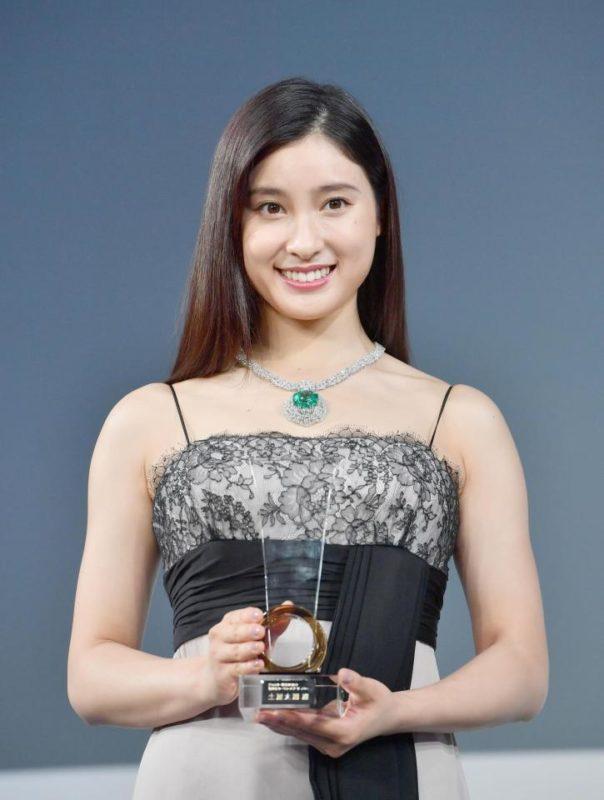 【画像】Gカップ女優の土屋太鳳、ムチムチにwwww