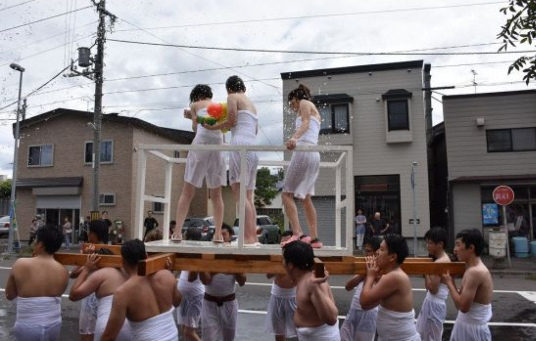 【画像】北海道民、エチエチ祭を開催してしまう