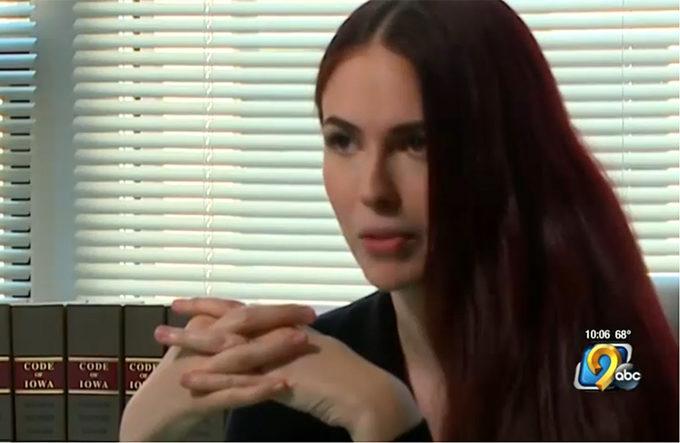 【画像】売春で月600万稼ぐ弁護士現れる