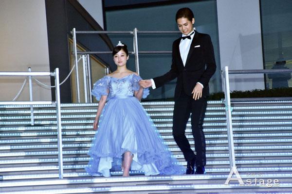 【画像】橋本環奈さん、シンデレラ姿になりファンを魅了する!