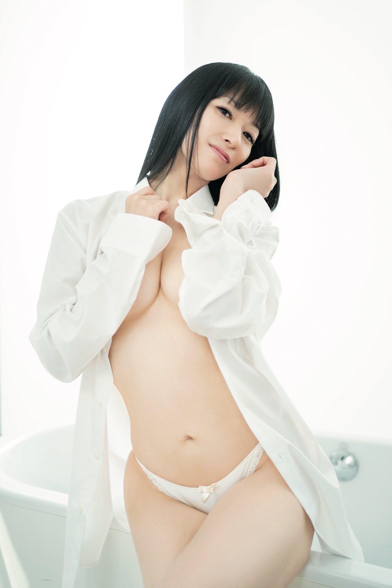 【画像】田中理恵、限界ギリギリに挑戦してしまうw