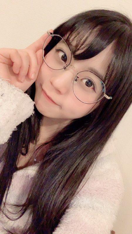 【画像】最近の若い女子の丸デカメガネ、クソダサイと思うんだがw