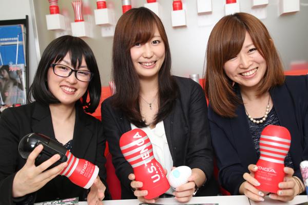 【画像】ではテンガの女子社員をご覧くださいww
