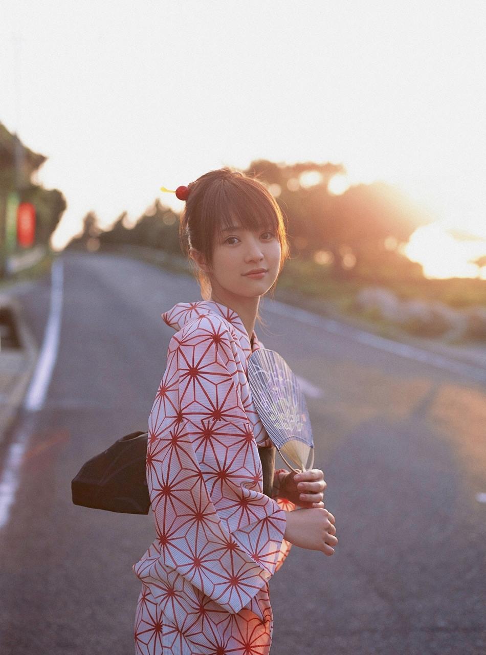 【画像】こんな女の子と夏祭りに行きたい人生だった。