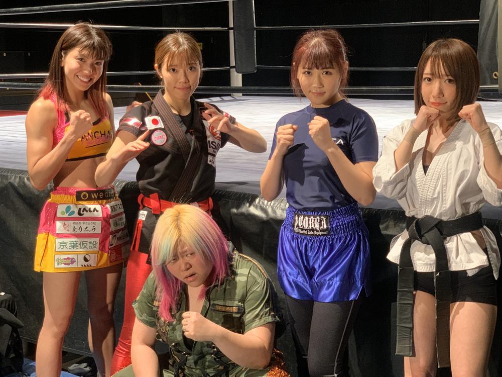 【画像】格闘技女子「あたしたち男より強いよwww」
