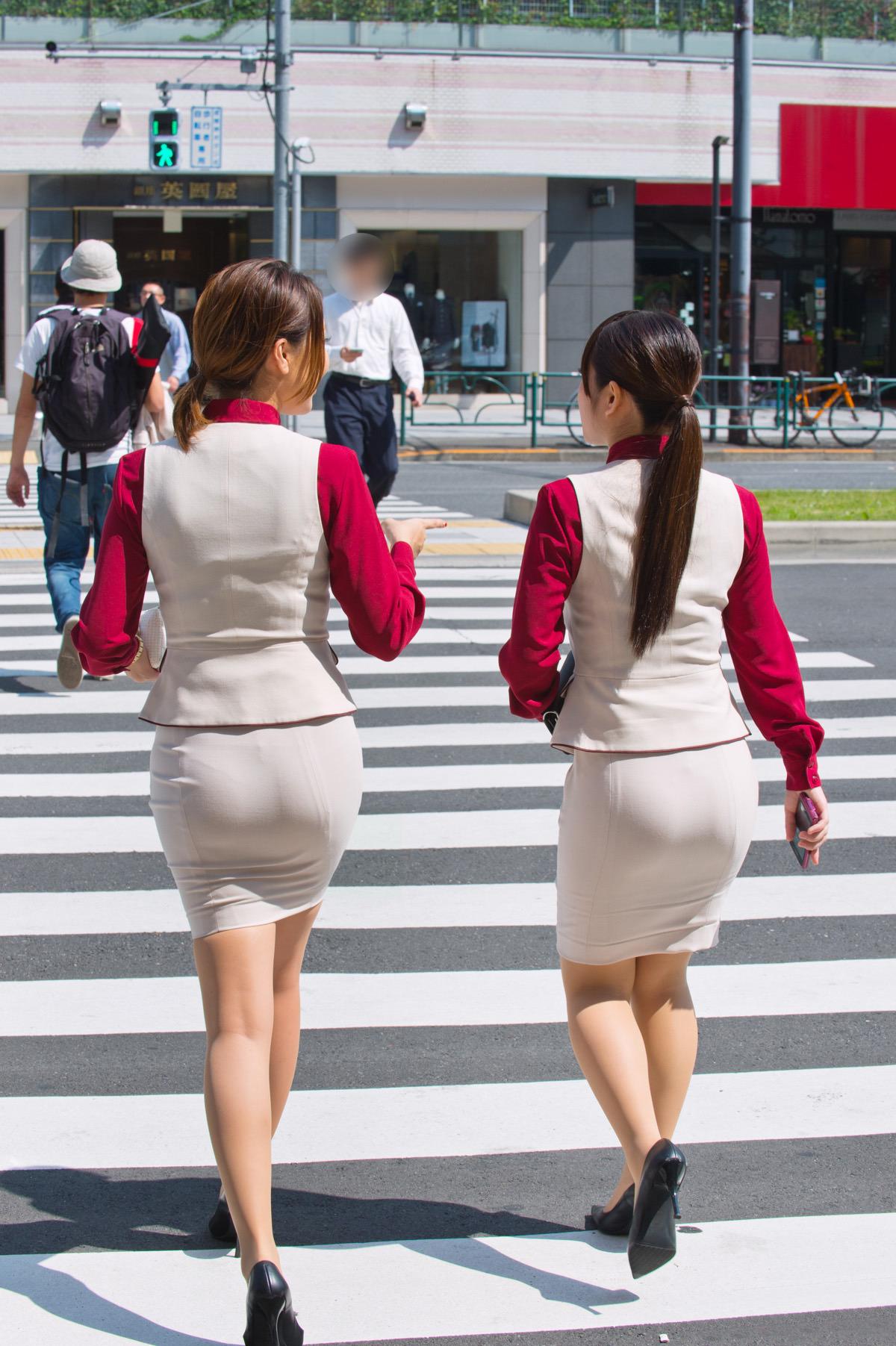 【画像】東京のOLさん、スケベすぎる