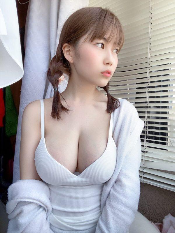 【画像】グラビアアイドルぶちギレ「乳輪警察うざい!」