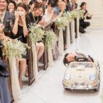 【画像】糞ガキ、居眠り運転で結婚式場に突入してしまい現場は大混乱に…