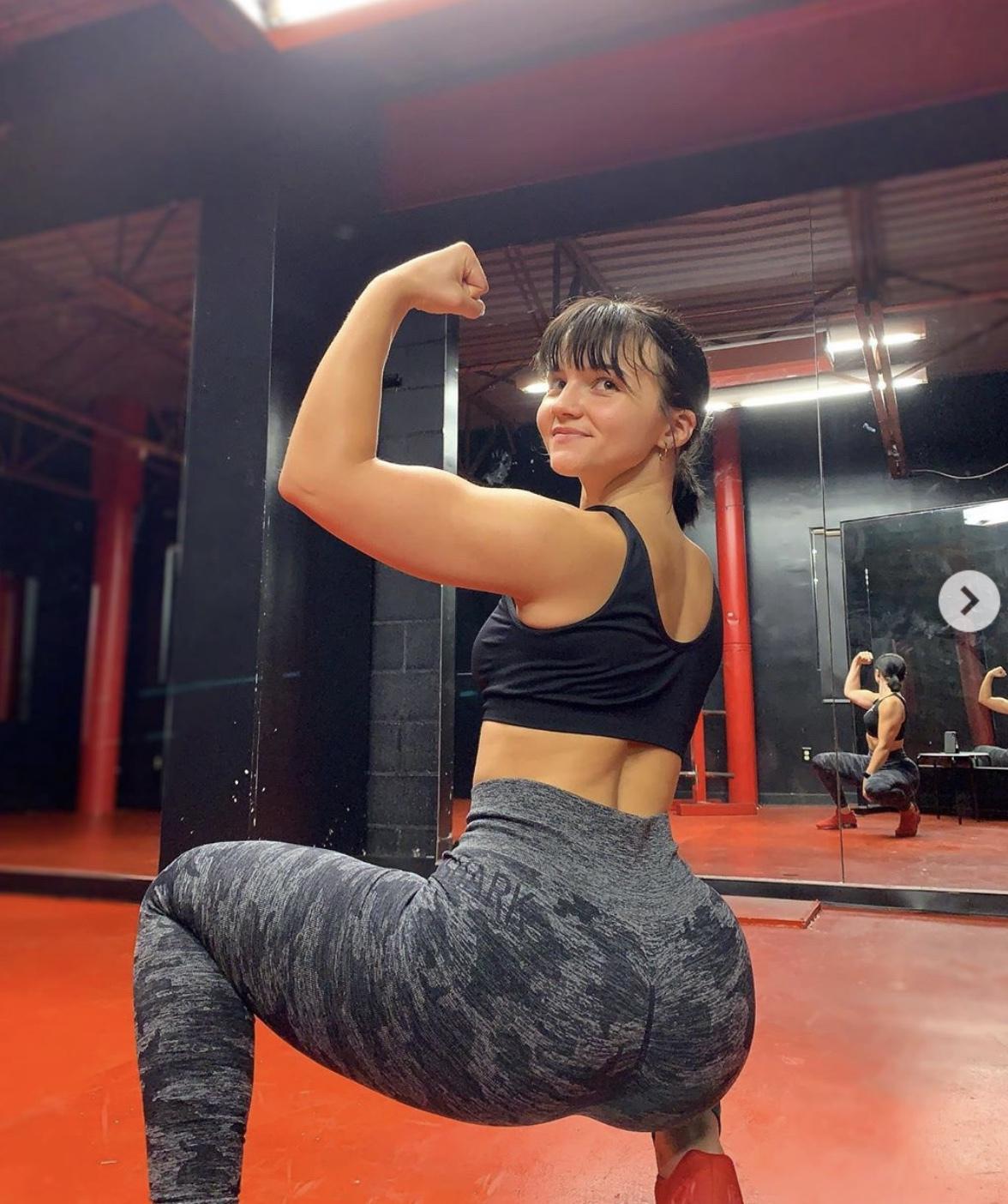 【画像】ロシアのJKレスリングチャンピオンの体、ヤバすぎるwww