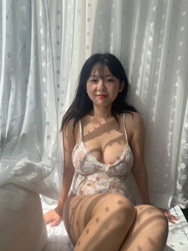 【画像】お前らってこういう若人妻好きだろ?w