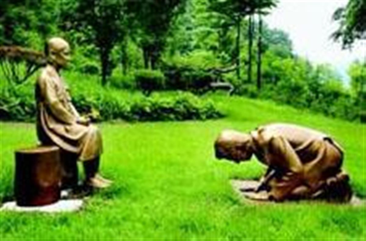 【画像】韓国「安倍ちゃんの銅像作ったからちょっと見てよ」