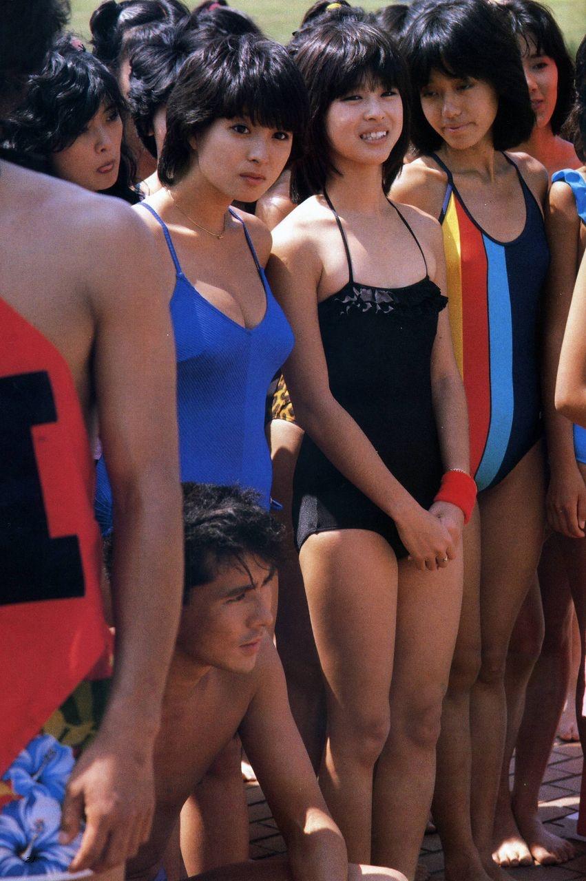 【画像】昭和のポロリ水泳大会の様子ww