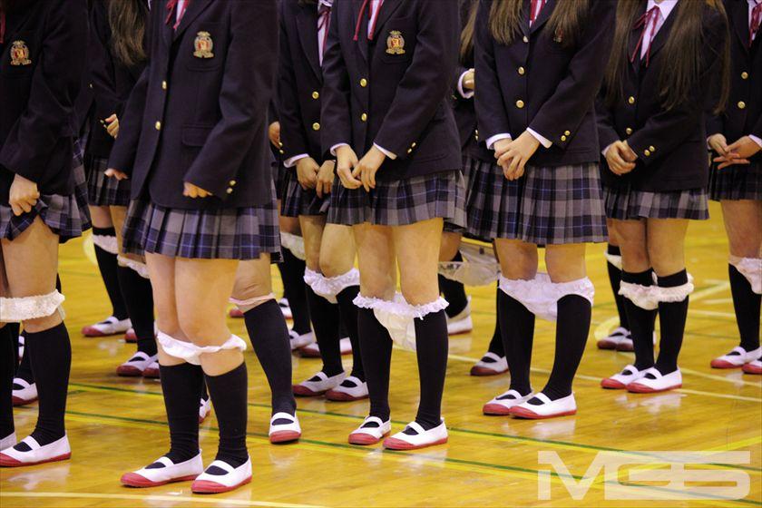 【画像】「下着は白」を校則とする学校のチェックが目視で行われていたw