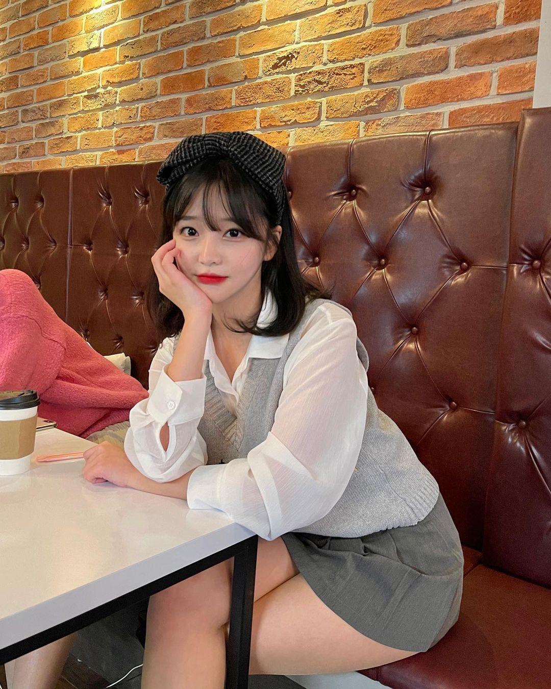 【画像】韓国のJK、細いのにムチムチしてるw