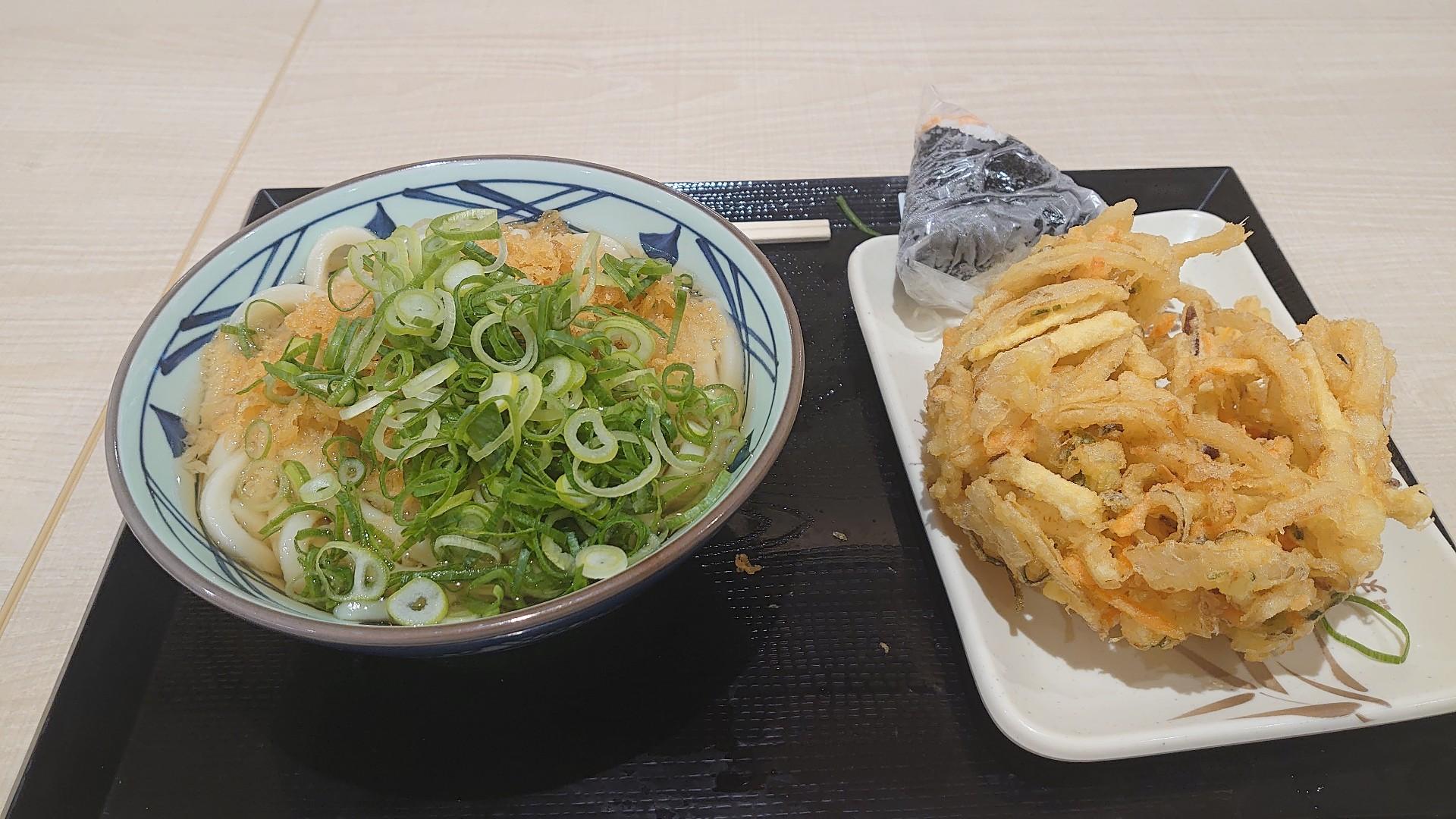 【画像】丸亀製麺、このボリュームでランチ500円🤪