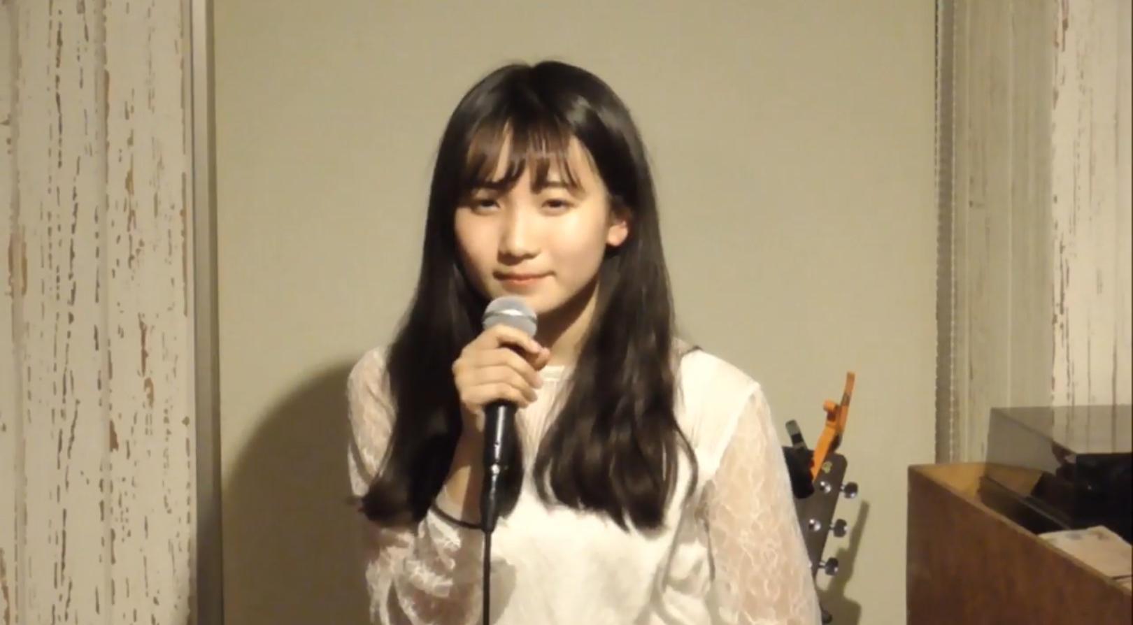 【画像】YOASOBIのボーカル女みたい顔好きなやつw