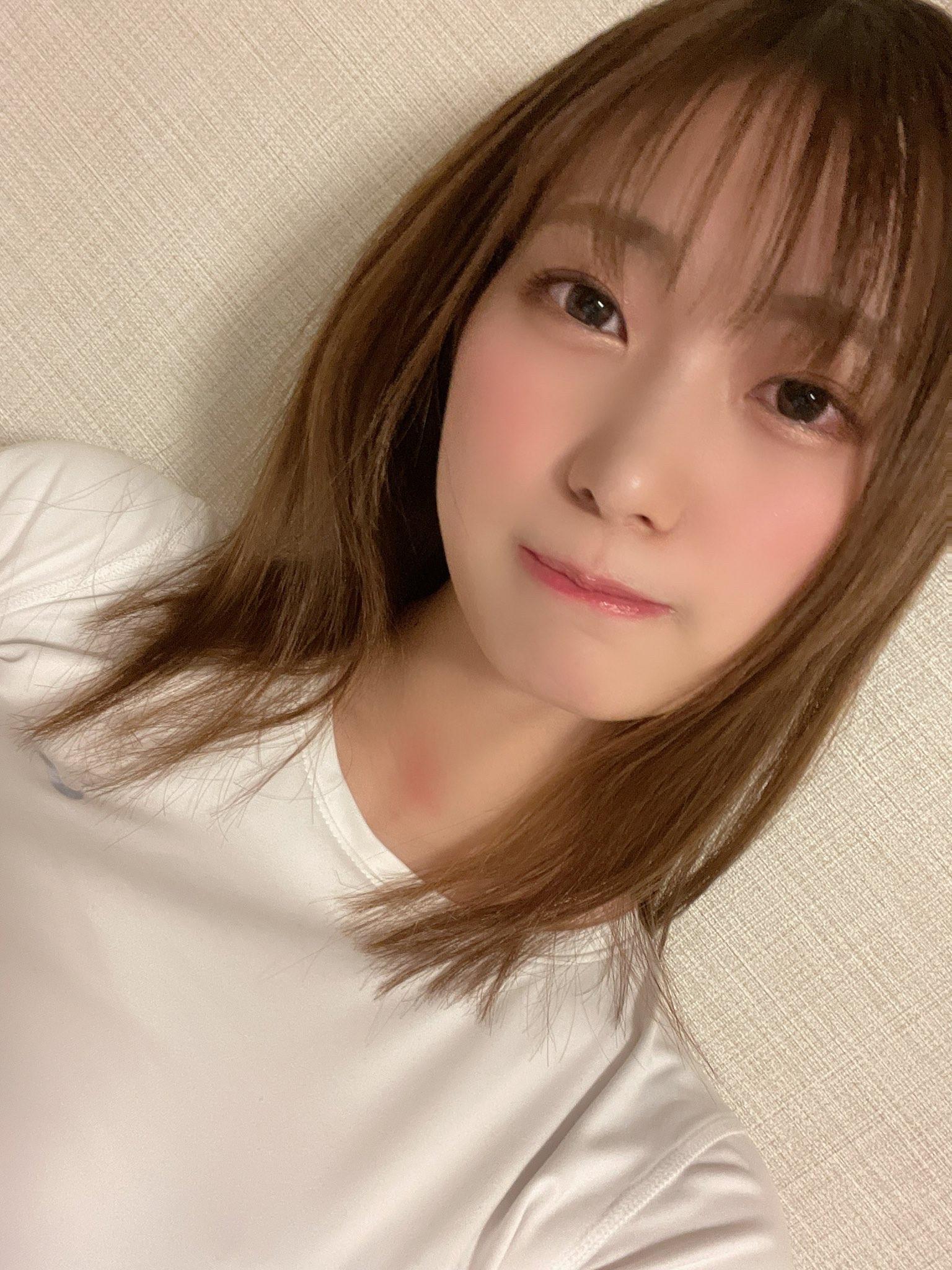【画像】美谷朱里ちゃんとかいうぐうかわセクシー女優!