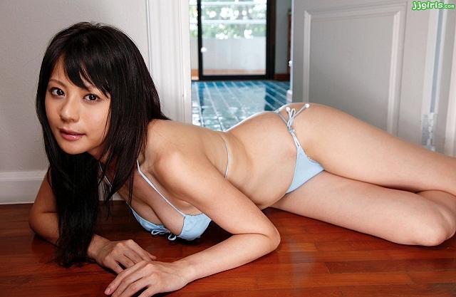 【画像】15年前のセクシー女優かわいすぎワロタwww
